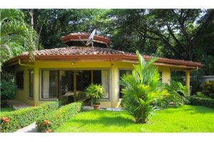 Beautiful Bungalow in a Gated Community