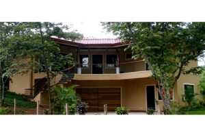 3 Bedroom House, Near Beaches, Great Price