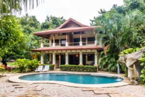 Move in Ready House + Income Opportunity in Guiones, Walk to Beach, Surf, Restaurants, Entertainment – SOLD