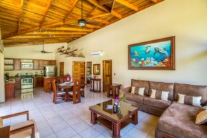 2 Bed 2 Bath Villa – Open Layout, Close to Yoga and Surf